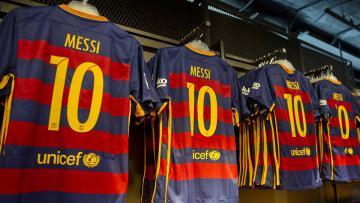 Barcelona akan melanjutkan kerjasama dengan Nike.