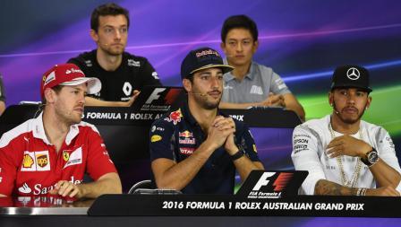 Jumpa Pers pertama Rio Haryanto di F1 bersama Sebastian Vettel, Jolyon Palmer, Daniel Ricciardo, dan Lewis Hamilton.