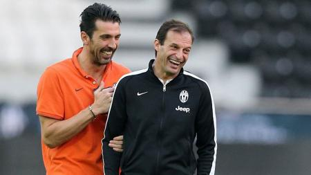 Gianluigi Buffon dan Massimiliano Allegri. - INDOSPORT