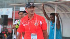 Indosport - Paulo Camargo saat menangani Persija Jakarta.