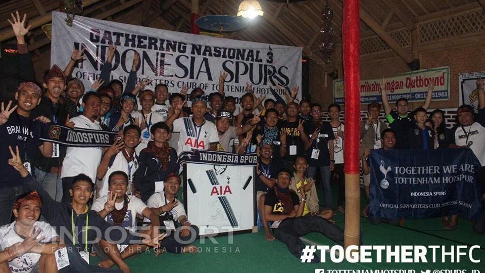 Komunitas suporter Tottenham Hotspur FC Indonesia (Indospurs). Copyright: Ginanjar/INDOSPORT