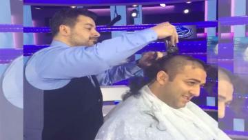 Mido memotong habis rambutnya usai Leicester City menjuarai Liga Primer Inggris musim ini.