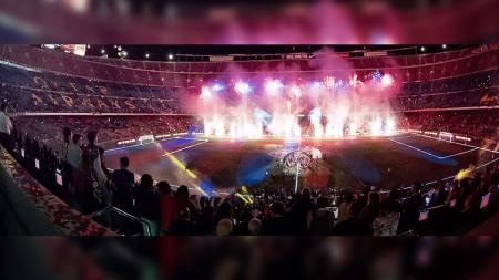 Pesta perayaan keberhasilan Barcelona meraih dua gelar musim ini. - INDOSPORT