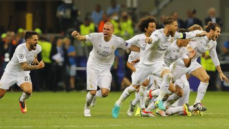 Pemain Real Madrid selebrasi setelah Ronaldo berhasil menjebol gawang Atletico Madrid, Sabtu (28/05/16).