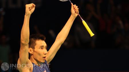 Lee Chong Wei lolos ke babak semifinal Jepang Terbuka 2016 usai mengalahkan Shi Yuqi. - INDOSPORT