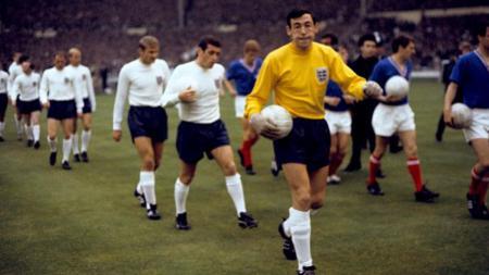 Kiper timnas Inggris era 1963, Gordon Banks - INDOSPORT