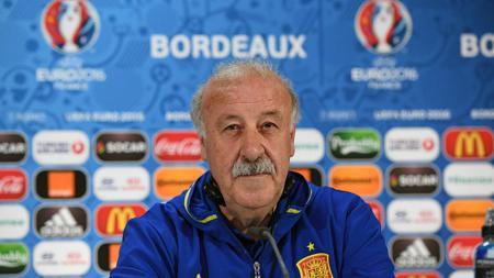Pelatih timnas Spanyol, Vicente del Bosque saat konferensi pers Euro 2016. - INDOSPORT