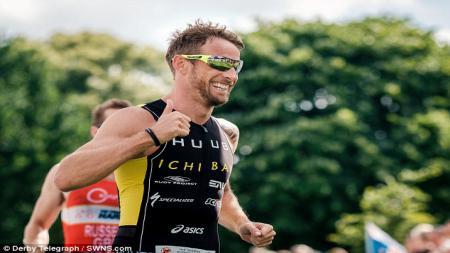 Jenson Button Trust Triathlon - INDOSPORT