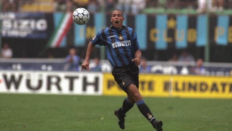 Aksi Ronaldo saat masih memperkuat Inter. Copyright: Getty Images'