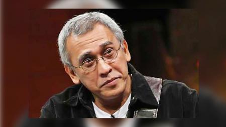 Musisi legendaris Indonesia, Iwan Fals. - INDOSPORT