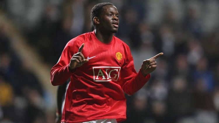 Mantan pemain Manchester United era 2004–2008, Louis Saha Copyright: INTERNET