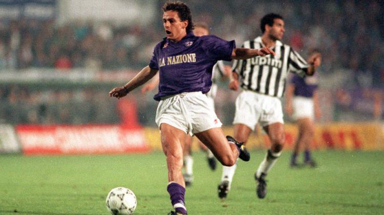 Roberto Baggio saat membela Fiorentina sebelum kepindahannya ke Juventus. Copyright: internet