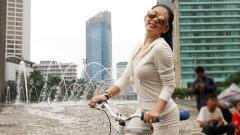 Indosport - Penyanyi terkemuka Indonesia, Syahrini.