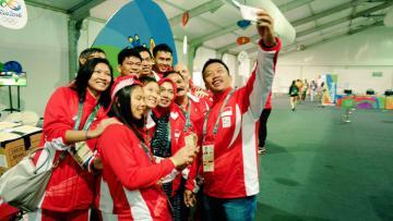 Tim bulutangkis Indonesia di Olimpiade.