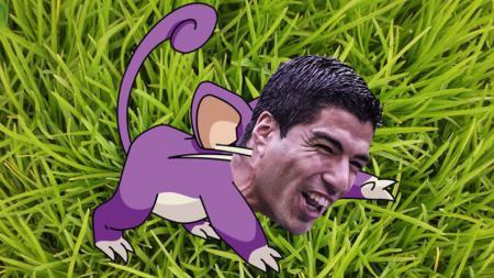 Gigi tikus Luis Suarez membuatnya dimiripkan dengan tokoh Pokemon Go. - INDOSPORT