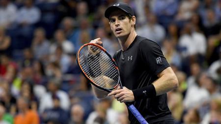 Ekspresi Andy Murray usai menumbangkan lawannya. - INDOSPORT