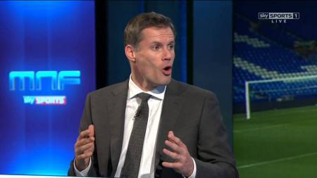 Legenda Liverpool, Jamie Carragher saat berbicara di SkySports. - INDOSPORT