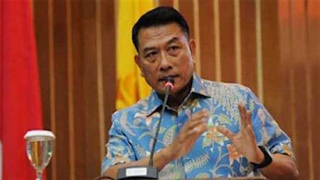 Moeldoko akan maju sebagai salah satu kandidat Ketua Umum PSSI. - INDOSPORT