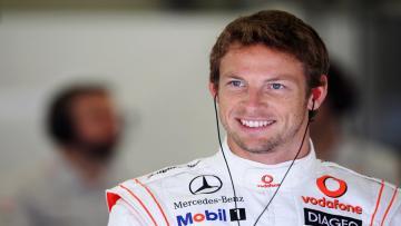 Jenson Button sempat menghabiskan waktu di Bali sebelum bertempur di GP Singapura.