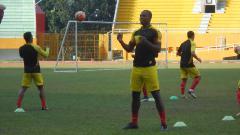 Indosport - Mauricio Leal sedang latihan.
