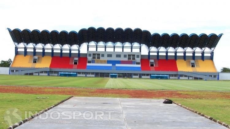 Stadion Benuo Taka Copyright: Teddy Rumengan/INDOSPORT