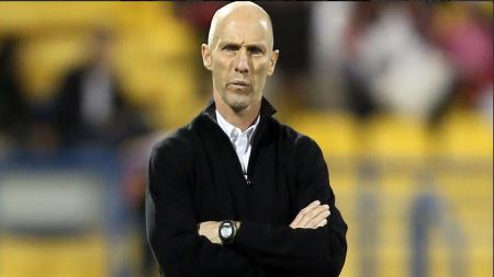 Bob Bradley resmi dipecat dari jabatannya sebagai pelatih Swansea City. - INDOSPORT