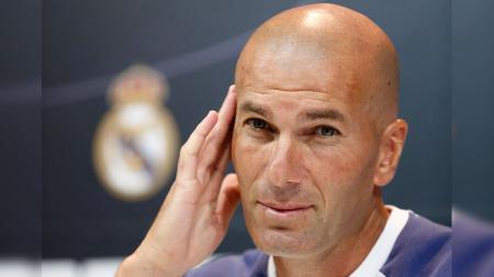 Zinedine Zidane dalam konferensi pers (23/09/16) - INDOSPORT