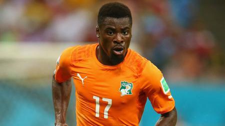 Serge Aurier, bek Pantai Gading dan PSG. - INDOSPORT