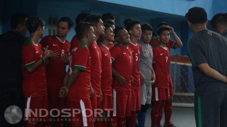 Mantan kapten Timnas Futsal Indonesia, Caesar Silitonga, angkat bicara soal kegagalan Skuat Garuda di Piala AFF Futsal 2016. - INDOSPORT