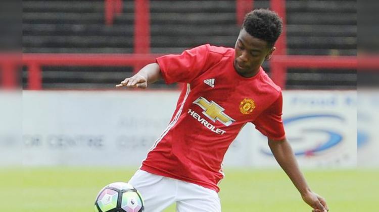 Gelandang serang Manchester United U-18, Angel Gomes Copyright: INTERNET