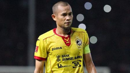 Kapten Sriwjaya FC, Supardi Nasir memutuskan tidak melanjutkan kontrak bersama klub. - INDOSPORT