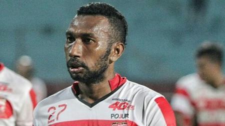 Patrich Wanggai saat masih berseragam Madura United. - INDOSPORT