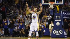Indosport - Stephen Curry, bintang Golden State Warriors.