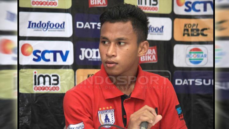 Osvaldo Ardiles Haay (gelandang Persipura Jayapura). Copyright: Muhammad Ginanjar/Indosport