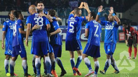Persib Bandung menyambut baik wacana soal bergulirnya Piala Presiden 2017. - INDOSPORT