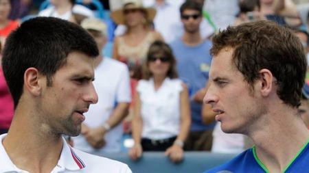 Novak Djokovic dan Andy Murray, dua bintang tenis yang pernah merasakan menduduki peringkat nomor satu dunia. - INDOSPORT