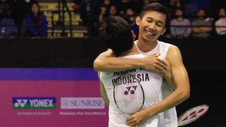 Pasangan ganda putra Idonesia, Rian Agung Saputro/Mohammad Ahsan, di ajang Hong Kong Open 2016. - INDOSPORT