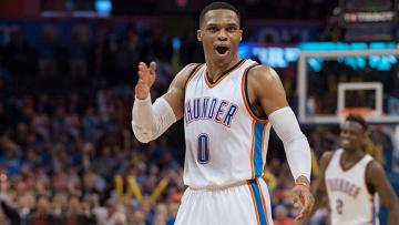 Russell Westbrook dalam pertandingan antara Oklahoma City Thunder dan Washington Wizards (01/12/16).