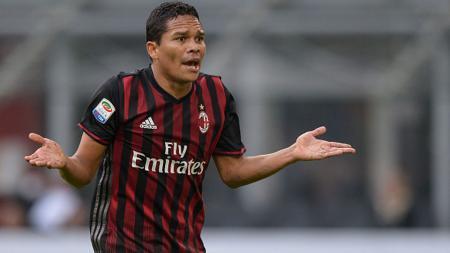 Penyerang AC Milan, Carlos Bacca. - INDOSPORT