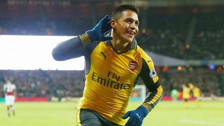 Alexis Sanchez hingga saat ini belum mau menandatangani kontrak baru bersama Arsenal. - INDOSPORT