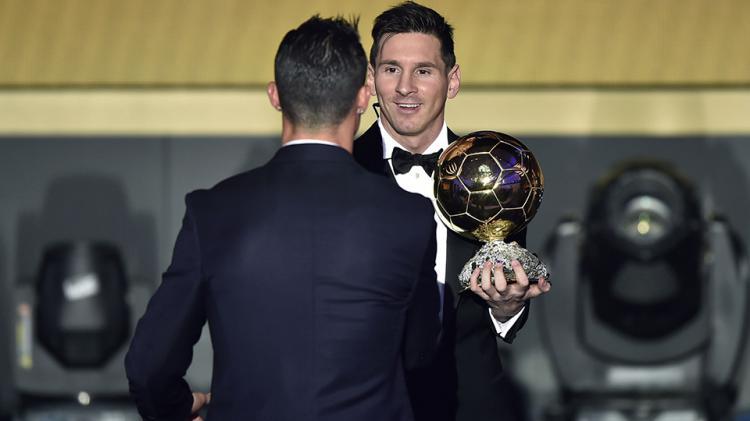 Cristiano Ronaldo dan Lionel Messi di perhelatan Ballon d