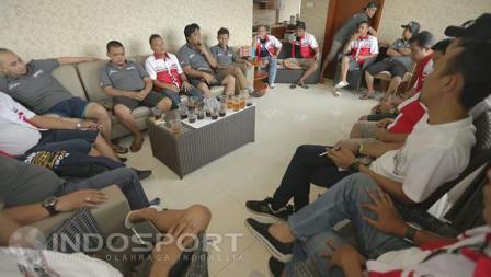 Komunitas Jambore Nasional Lancer Indonesia saat berdiskusi.