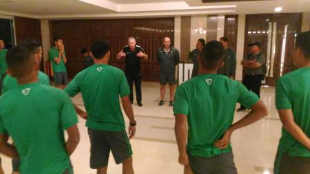 Timnas Indonesia menggelar latihan di Hotel The Grand Fourwings, Bangkok, Thailand. - INDOSPORT