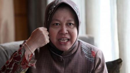 Tri Rismaharini, Wali Kota Surabaya. - INDOSPORT