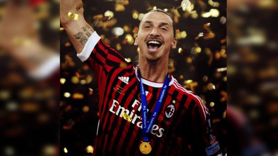 Zlatan Ibrahimovic ketika masih memperkuat AC Milan. Copyright: INTERNET