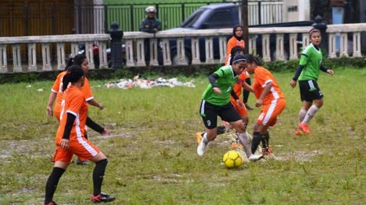 Turnamen sepakbola wanita Bengawan cup II 2016 Copyright: Istimewa