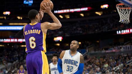 Bintang muda Los Angeles Lakers, Jordan Clarkson ketika melawan Orlando Magic. - INDOSPORT