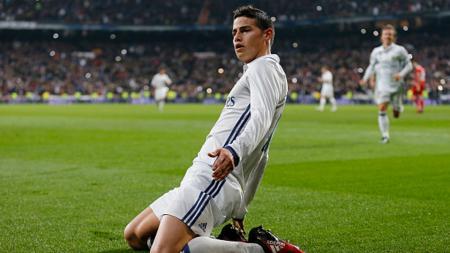 James Rodriguez selebrasi setelah mecetak gol ke gawang Sevilla. - INDOSPORT
