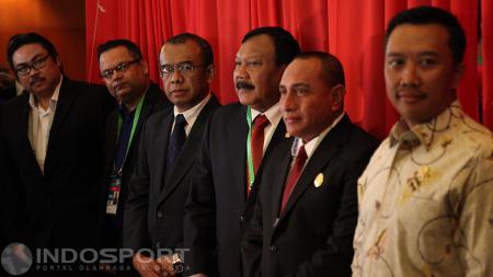 Menpora Imam Nahrawi dan Ketum PSSI Edy Rahmayadi di Pembukaan Kongres Tahunan PSSI 2017 di Bandung - INDOSPORT