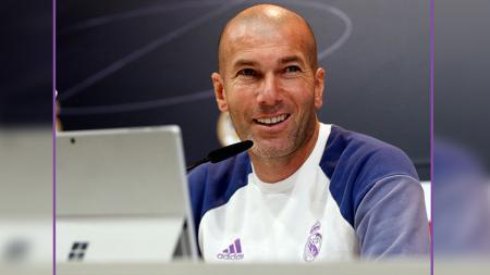 Zinedine Zidane, pelatih Real Madrid - INDOSPORT